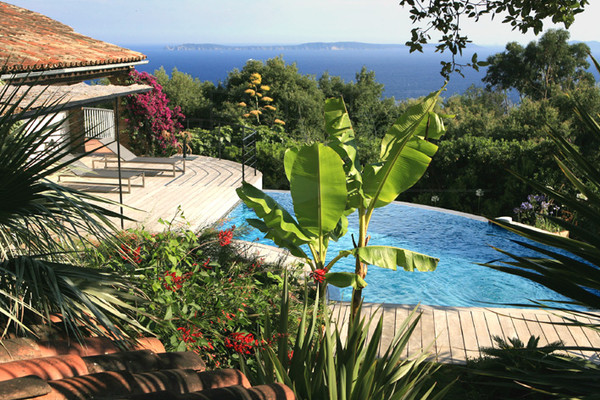villa to sale, Rayol Canadel, seaview property, swimming pool