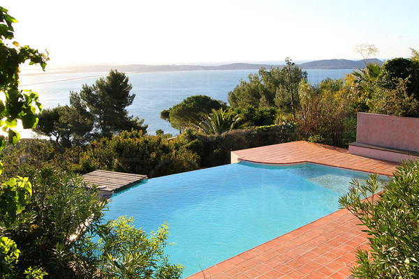 seaview property, between Hyères and Carqueiranne, Peninsula of Giens, Porquerolles