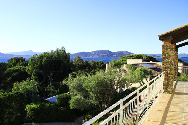 peninsula fo Giens, property/villa to sale, seaview, swimming pool