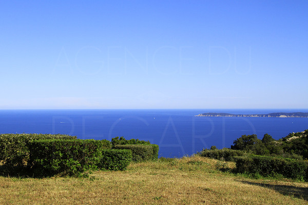 house for sale / lavandou / panoramic sea view / stone sheepfold / 4 bedrooms / air of corsica / swimming pool