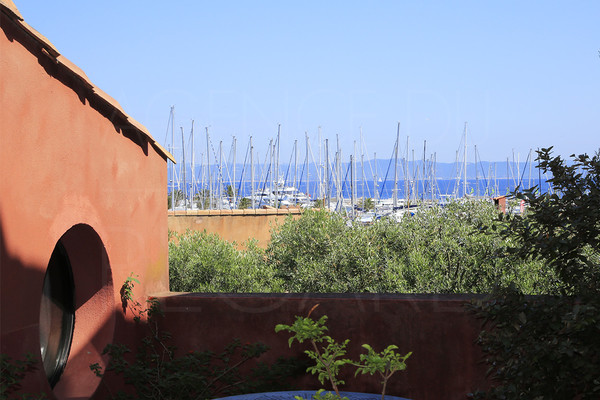 apartment to sale / 3 bedrooms / var / cote d'azur / seaview / apartement on the island / porquerolles island